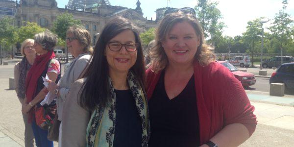 Bundesministerin Dr Nina Scheer und Monica Deters